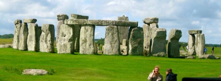 Journey to to Stonehenge and Bath