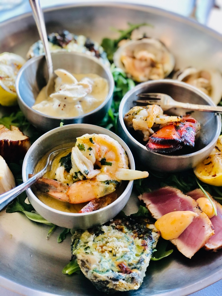 The seafood dish of your dreams 🦞🦪 at Davio's KOP